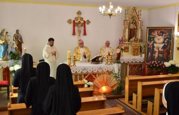 Bp Szamocki: Święty Józef ratuje nasze rodziny od pandemii ducha