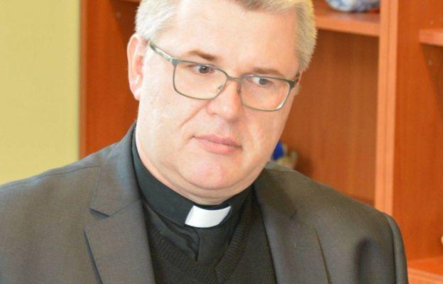 ks. Robert Serafin