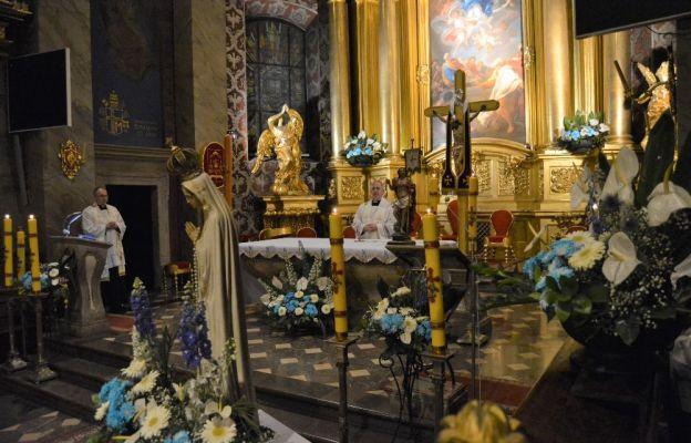 Nabożeństwa fatimskie w kieleckiej katedrze