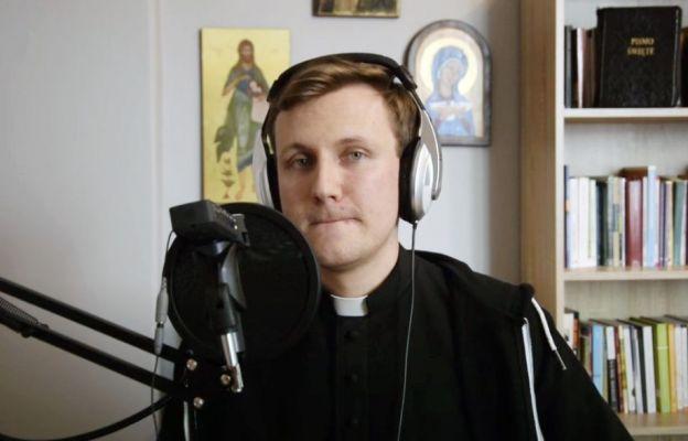 ks. Krzysztof Augustyn, rapujący ksiądz
