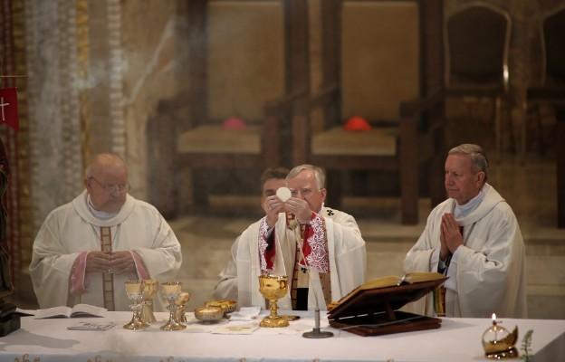 Abp Jędraszewski: św. Jan Paweł II - największy z rodu Polaków