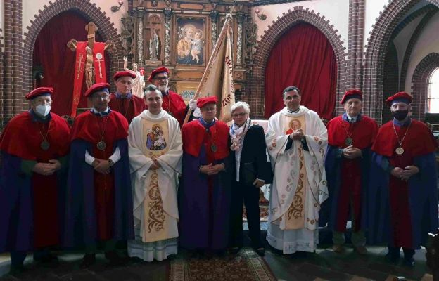 W Olszynie przybywa czcicieli św. Józefa