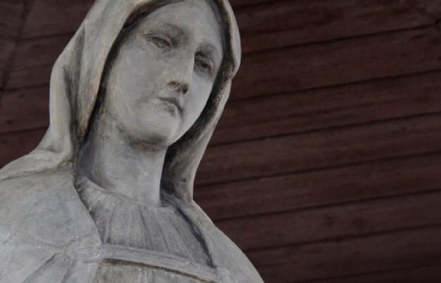 Kraków: Figura Matki Bożej ponownie nad Teatrem Groteska