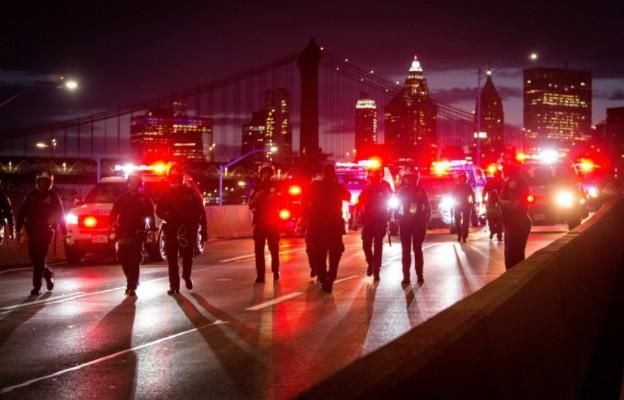 USA: Kolejna noc zamieszek i protestów, są zabici i ranni