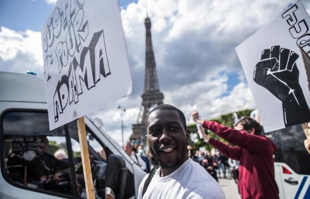 Bp Hérouard: w Europie dyskryminacja dotyczy obcokrajowców