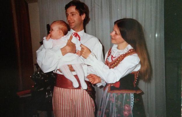 Filip Adwent z pięciomiesięcznącórką Marysią