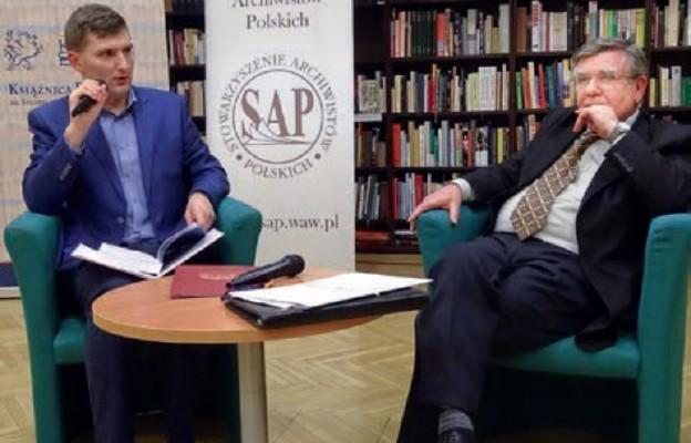 Radosław Pawlik (z lewej) i prof. dr hab. Zygmunt Szultka
