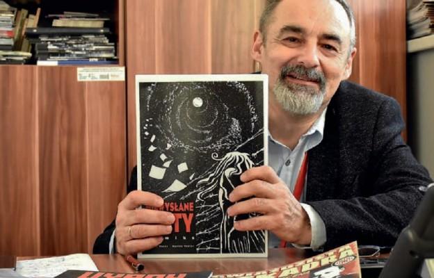 Juliusz Woźny, rzecznik prasowy Centrum Historii Zajezdnia we Wrocławiu słynie z wielu talentów