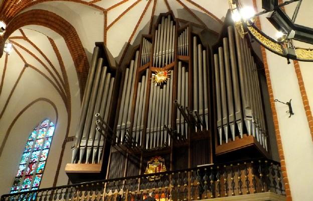 Warszawa, bazylika archikatedralna św. Jana Chrzciciela, organy