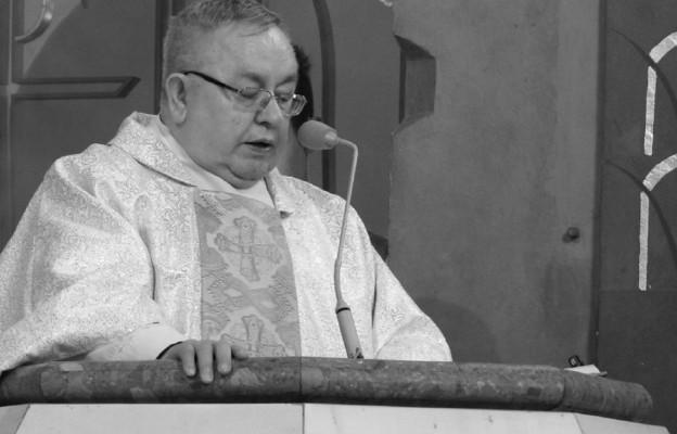 """Bielsko-Biała: zmarł ks. prałat Zbigniew Powada, zasłużony kapelan """"Solidarności"""""""