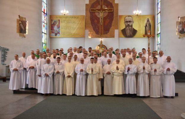 55 nowych lektorów stałych w diecezji toruńskiej