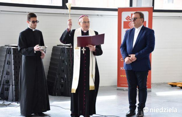 Podnoszą standardy. Caritas otworzyła nowy magazyn w Częstochowie