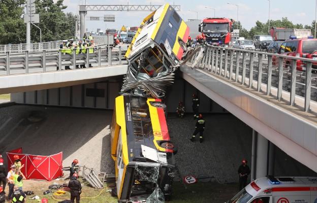 Warszawa/ Zarzuty dla kierowcy, który pod wpływem amfetaminy spowodował wypadek autobusu
