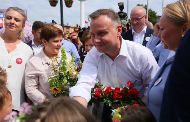 Szydło o wynikach: Polacy pozytywnie ocenili pięcioletnią kadencję prezydenta Andrzeja Dudy