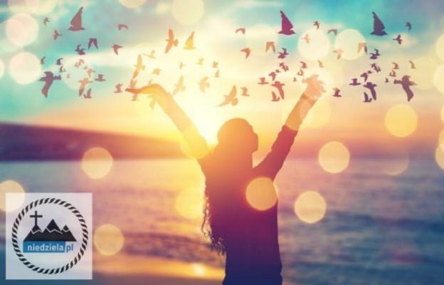 Wakacje z Bogiem #4: Katolickie pomysły na wakacje – online i na żywo