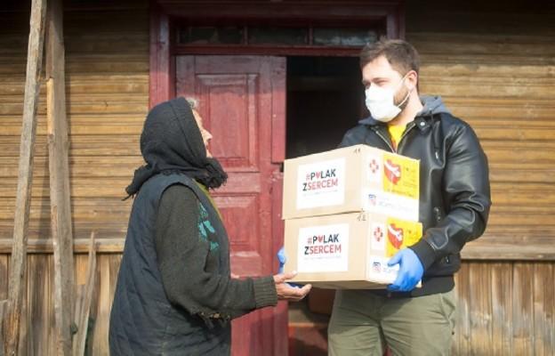 Polak z sercem - dary zebrane przez Katolickie Stowarzyszenie Młodzieży trafiły do Polaków na wschodzie