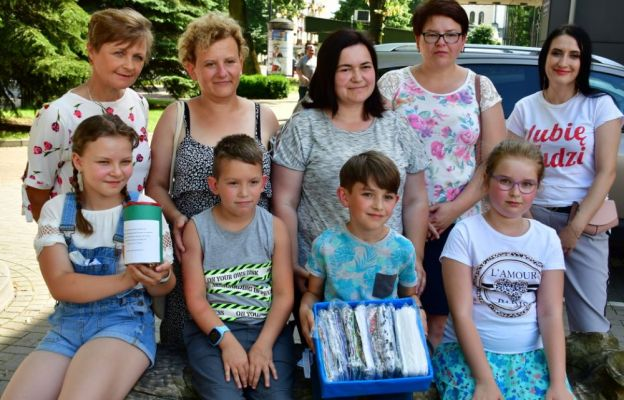 Dzieci zakupiły maseczki dla ochrony seniorów z Tarnogrodu