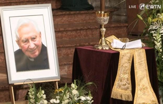 Ratyzbona: ostatnie pożegnanie ks. Georga Ratzingera