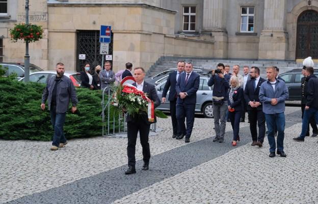 Prezydent złożył wieniec pod Pomnikiem Powstańców Śląskich w Katowicach