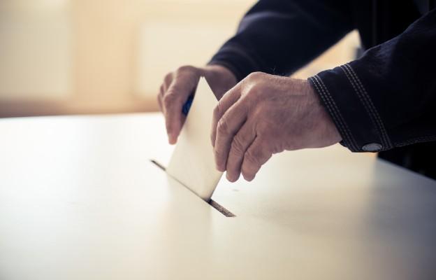 Szumowski o pierwszeństwie w głosowaniu: chcemy, by m.in. osoby starsze przyszły bez obaw
