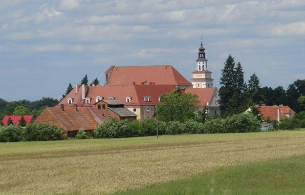 Pokarmelitański klasztor w Głębowicach