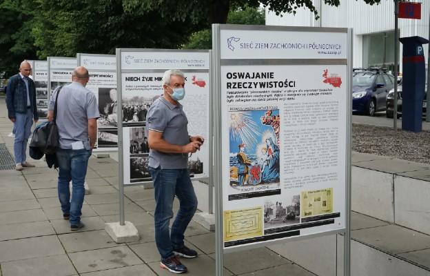 Szczecin/ Otwarto wystawę