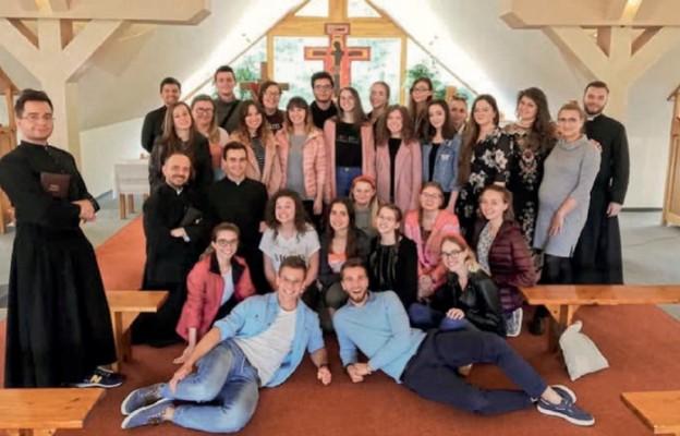 Młodzi z Jezusem
