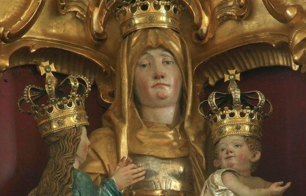Figura św. Anny Samotrzeć