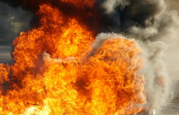 Śląskie: Pożar poddasza przyklasztornej szkoły