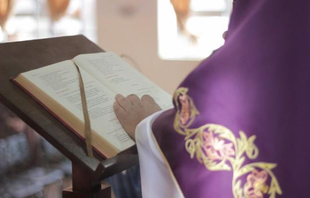 Adwent z Dziełem Duchowej Adopcji Kapłanów