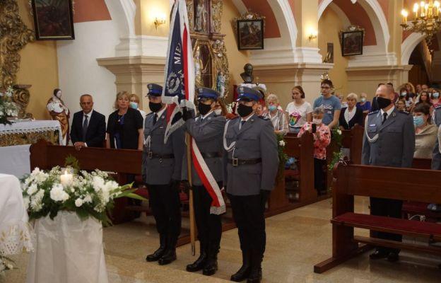 Poczet sztandarowy Komendy Miejskiej Policji w Wałbrzychu