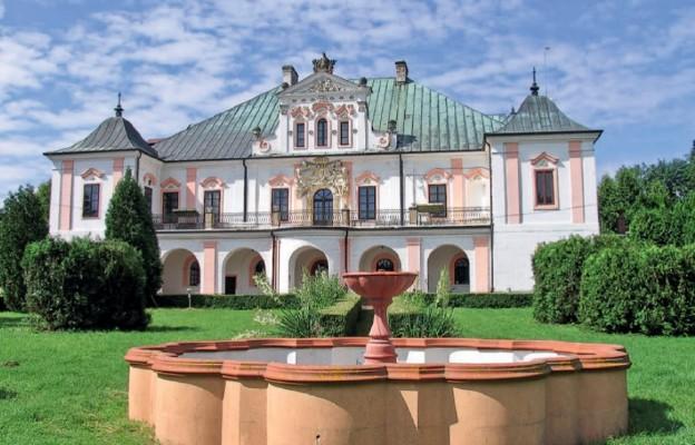Pałac pełen tajemnic