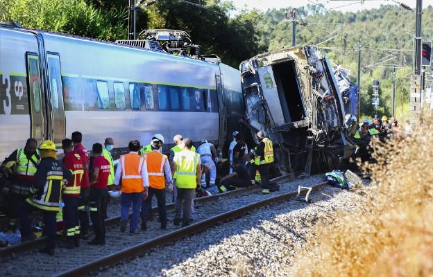 Portugalia/ Dwie osoby zginęły, dziewięć ciężko rannych w wypadku kolejowym