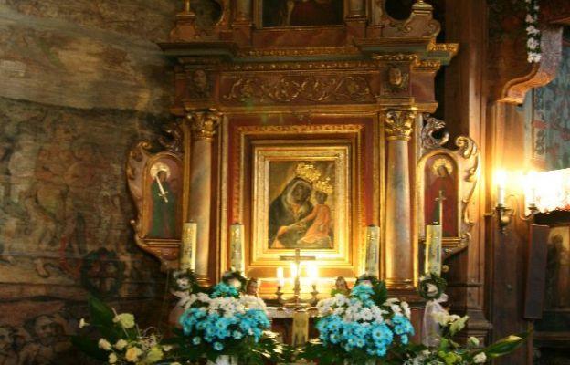 Ołtarz Matki Bożej z Binarowej