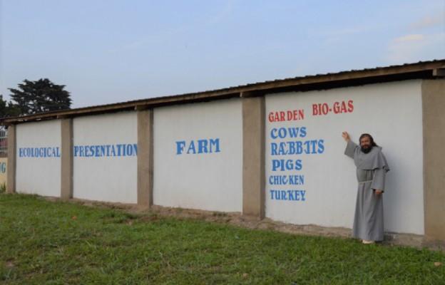 Uganda: franciszkanie założyli ekologiczną farmę