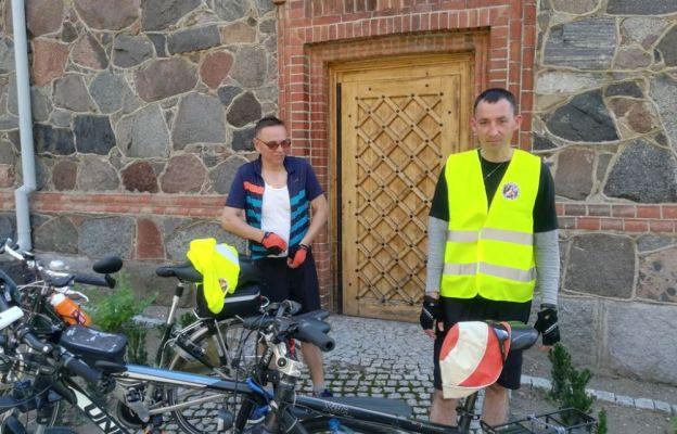 Pielgrzymka rowerowa w drodze do Matki