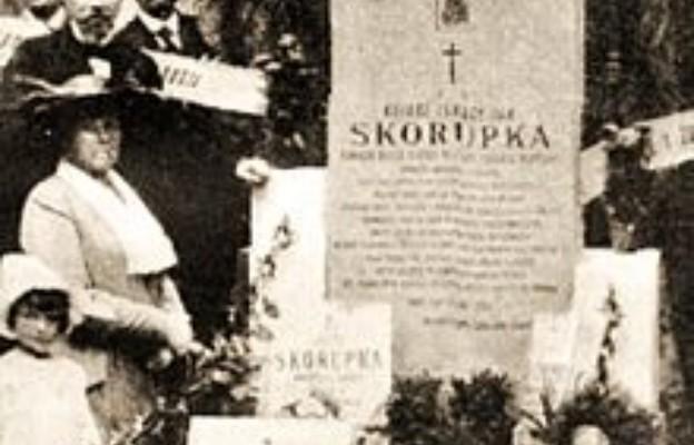 Szef UdSKiOR nawiedzi grób bohaterskiego ks. Ignacego Skorupki