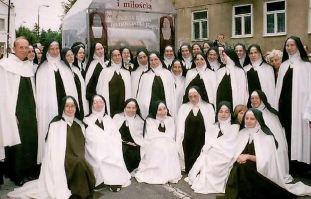 50 lat posługi karmelitanek