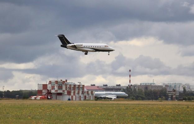 Lądowanie w Omsku samolotu medycznego