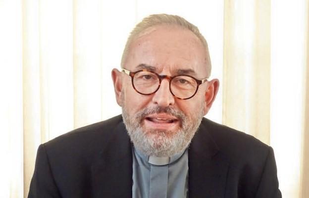 Biskup Piotr Jarecki