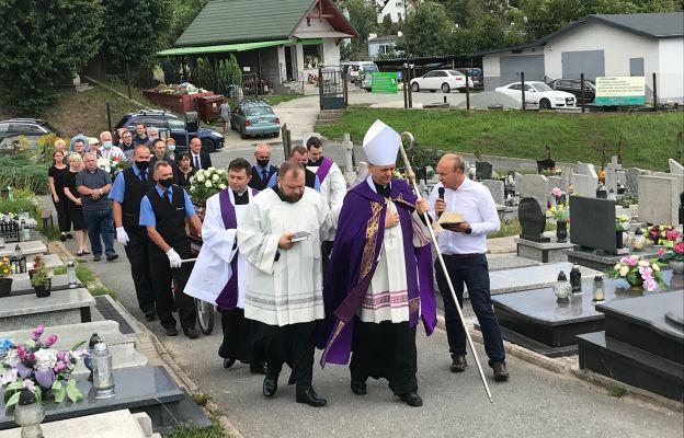 Pogrzeb taty księdza