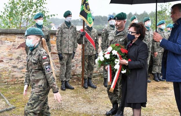 Witek: II wojna światowa to także groby bezimiennych polskich żołnierzy