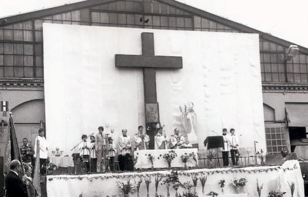 Krzyż iEucharystia wzajezdni
