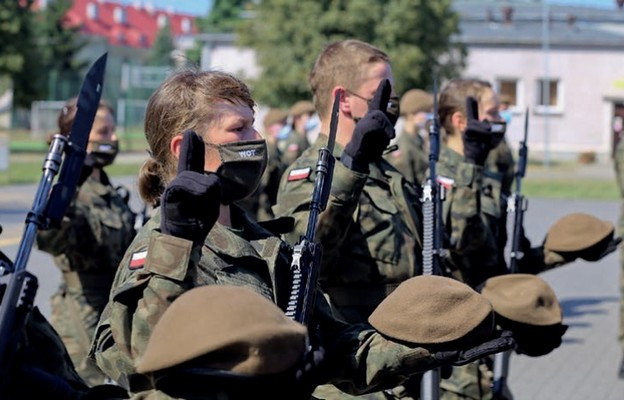 Pośród składających przysięgę żołnierzy było 12 pań