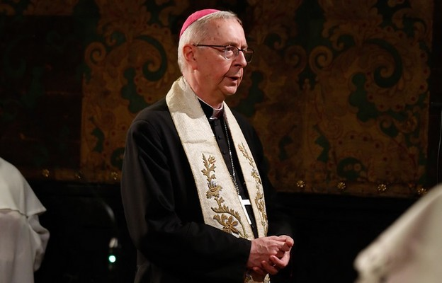 Abp Gądecki: duszpasterstwo to także słuchanie młodych