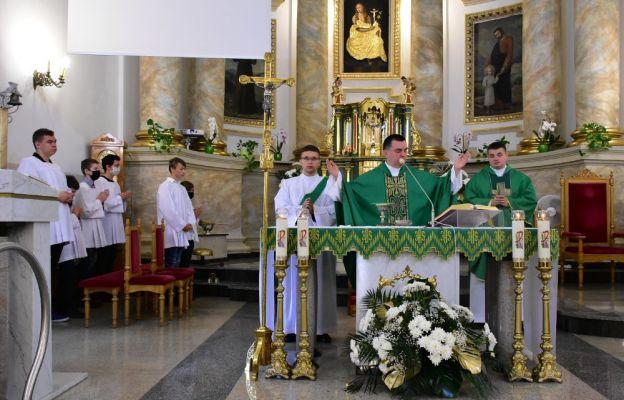 Msza św. na rozpoczęcie roku szkolnego w Sanktuarium św. Marii Magdaleny w Biłgoraju