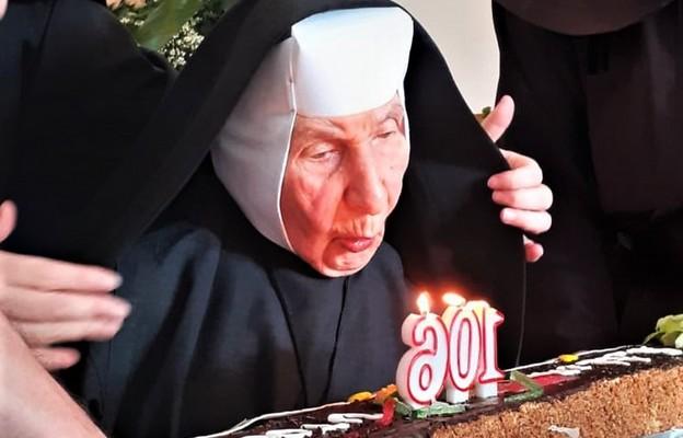 106 lat życia i 80 profesji zakonnej s. Adaminy