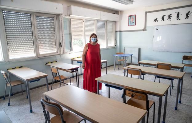 Hiszpania/ Zakażenia koronawirusem w ponad 50 szkołach
