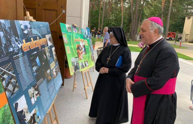 Abp Pennacchio: dziękujemy siostrom loretankom za ich apostolstwo słowem drukowanym
