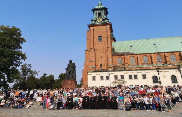 Gniezno: Jubileusz 100-lecia powstania diecezji łódzkiej